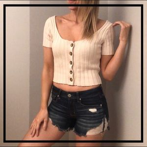🌻 5 for $35 🌻 Cute Button Down Crop Top Sweater
